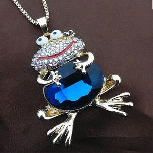 Jewelry - GOLD TONE CHAIN WITH CUTE RHINESTONE FILLED FROG